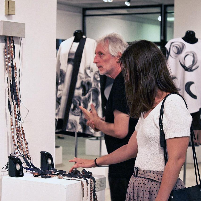 VI. Nemzetközi Textilművészeti Triennálé megnyitója 2018