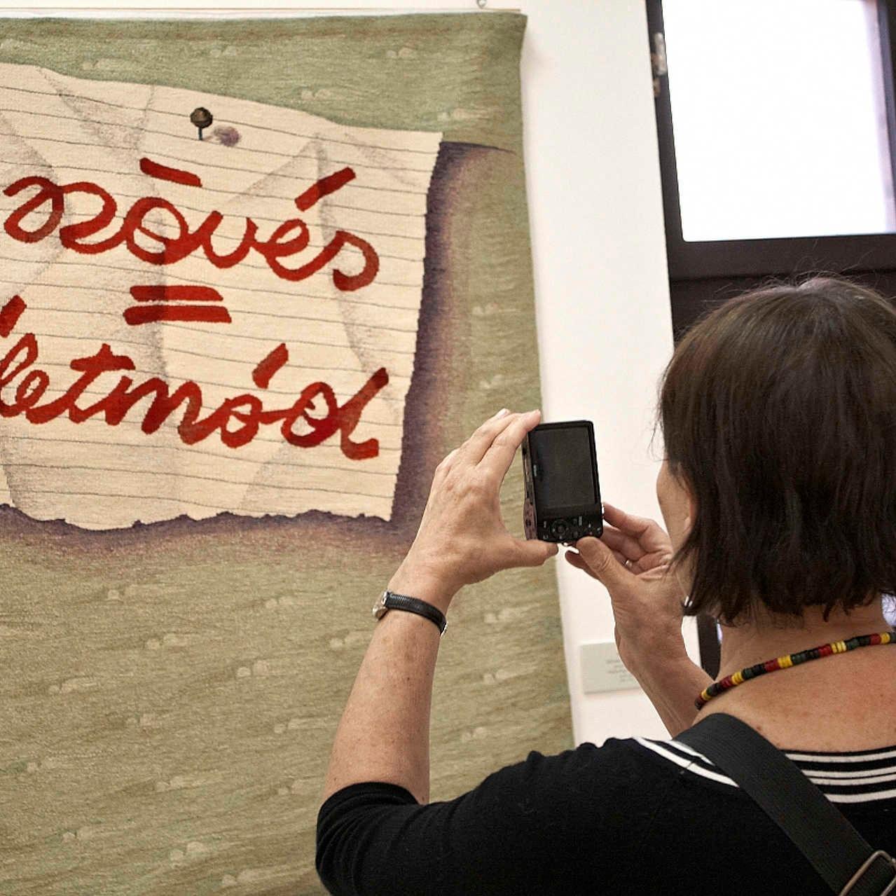 VI. Nemzetközi Textilművészeti Triennálé megnyitó